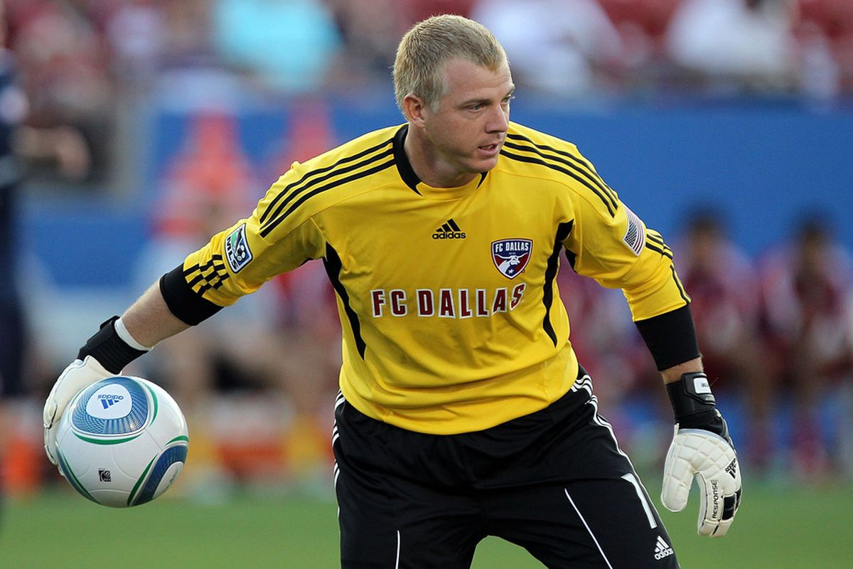 FRISCO, TX - JUNE 04: Kevin Hartman #1 of FC Dallas at Pizza Hut Park on June 4, 2011 in Frisco, Texas.  (Photo by Ronald Martinez/Getty Images)