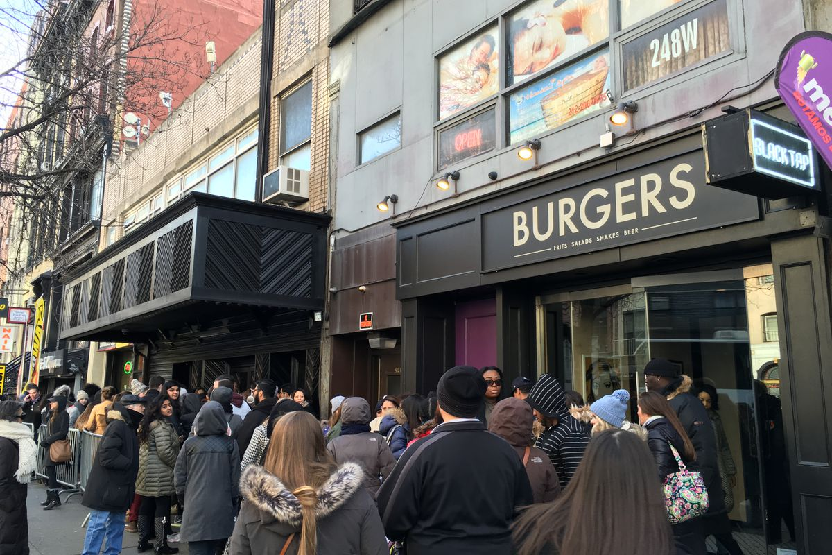 The line outside Black Tap MePa on Saturday.