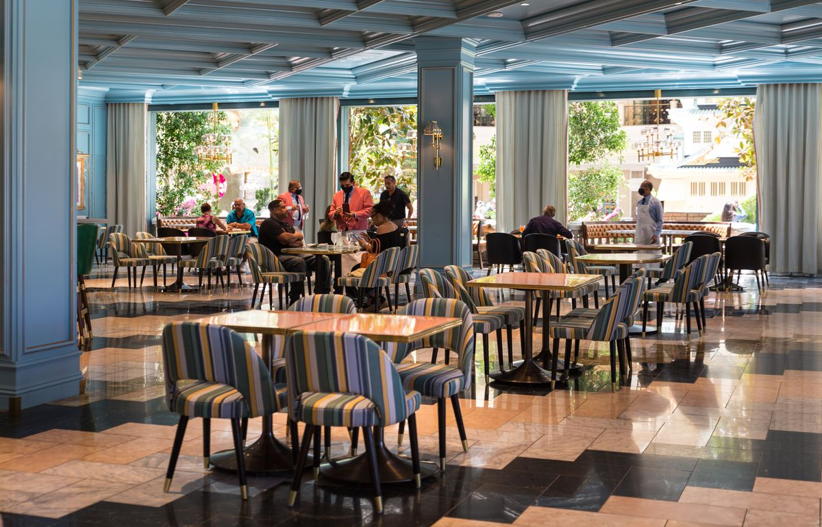 Customers dine at Sadelle's at the Bellagio