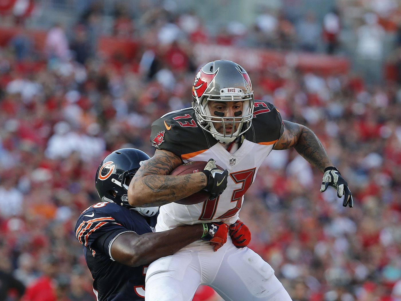 Mike Evans Apologizes For Sitting During The National Anthem Bucs Nation