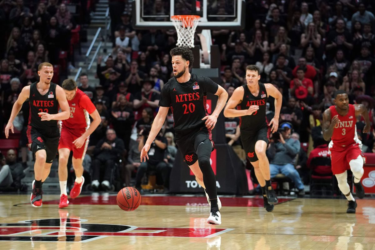 San Diego State Aztecs guard Jordan Schakel dribbles the ball against the UNLV Rebels in the second half at Viejas Arena. UNLV won 66-63.
