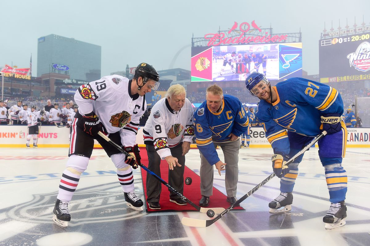 huge selection of 48ce7 fdfe0 Bobby Hull represented the Blackhawks at the Winter Classic ...