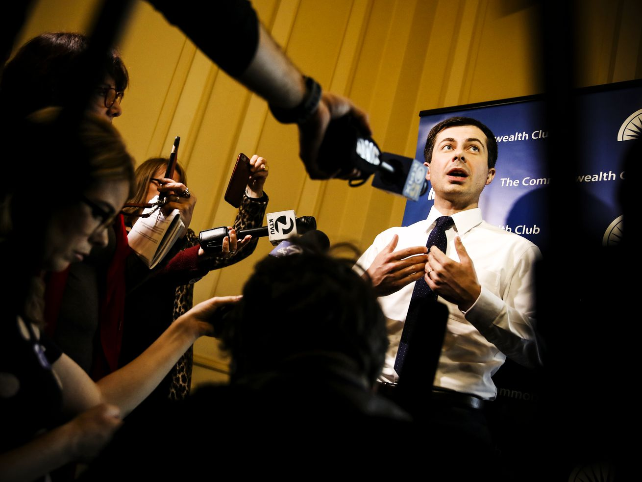 Democratic presidential hopeful and South Bend Mayor Pete Buttigieg speaking on March 28, 2019 in San Francisco, California.