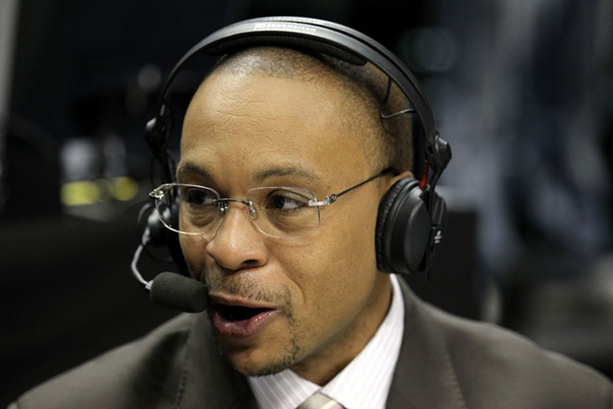 The Inexcusable Awfulness Gus Johnson During Orlando Salido vs