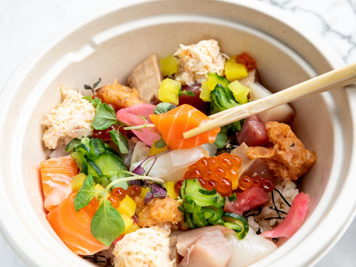 Ju-Ni's takeout chirashi bowl