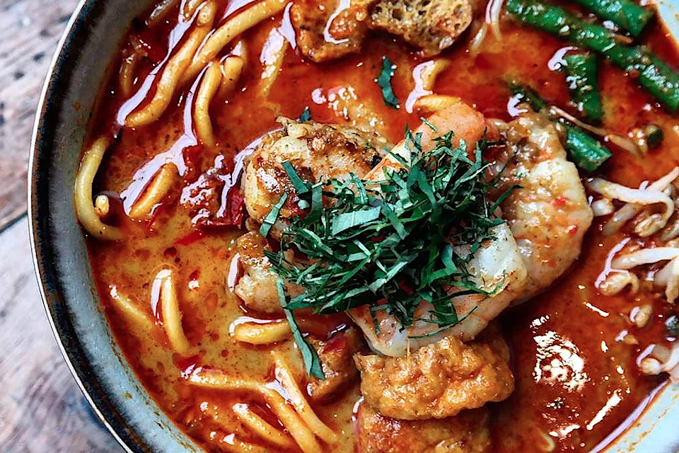 Laksa noodle soup