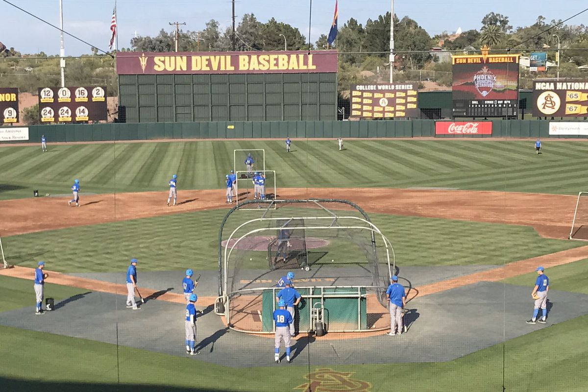 Which team will take the rubber match and the series today in the Valley of the Sun?