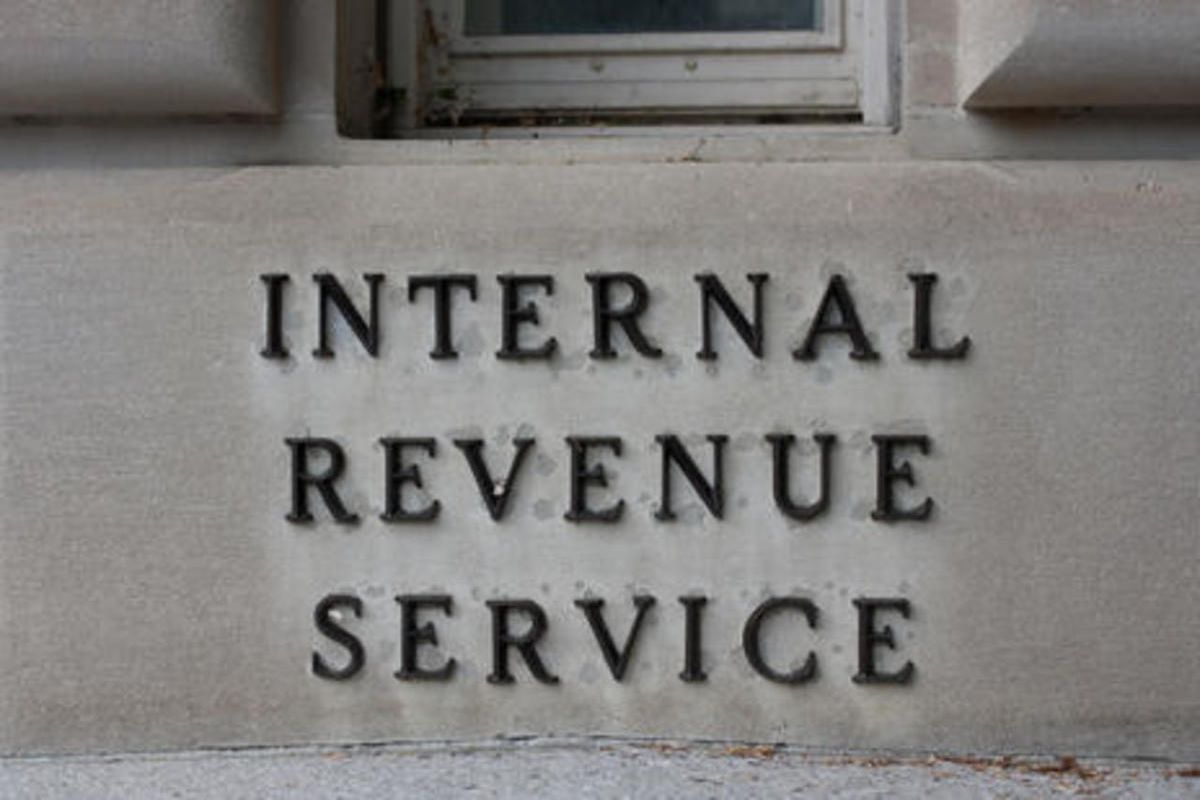 The state Division of Consumer Protection reported Wednesday that Utahns are receiving unsolicited phone calls by con artists claiming to be with the IRS threatening lawsuits, arrest warrants and fines if their requests are not met immediately.