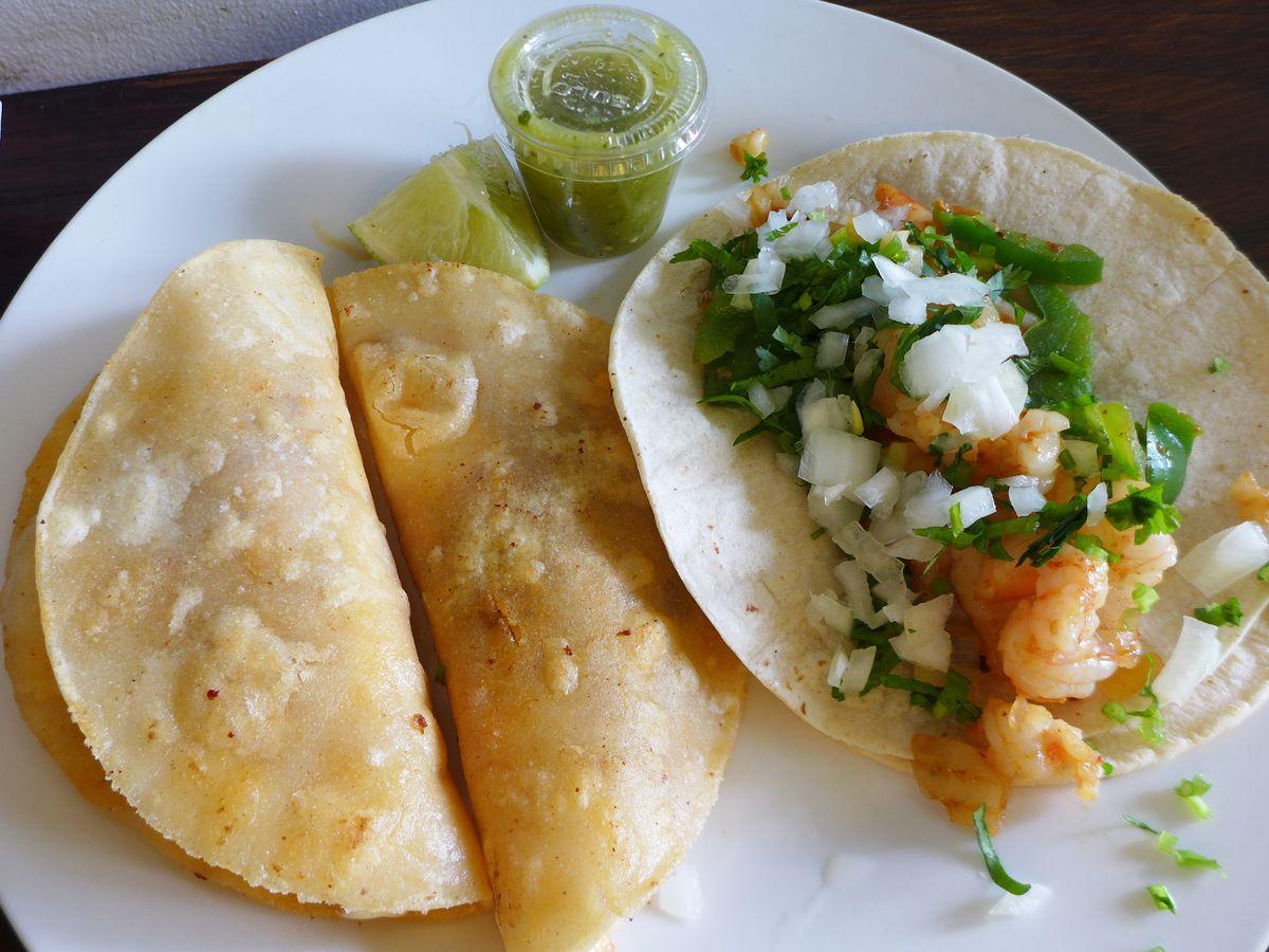 Canasta and Gobernador tacos Taqueria Sinaloense Bronx Marble Hill