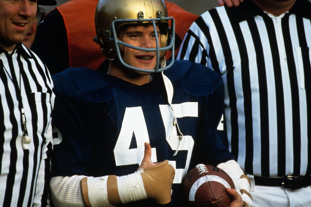 Notre Dame Football Rudy Returns To Big Screen For 25th Anniversary One Foot Down