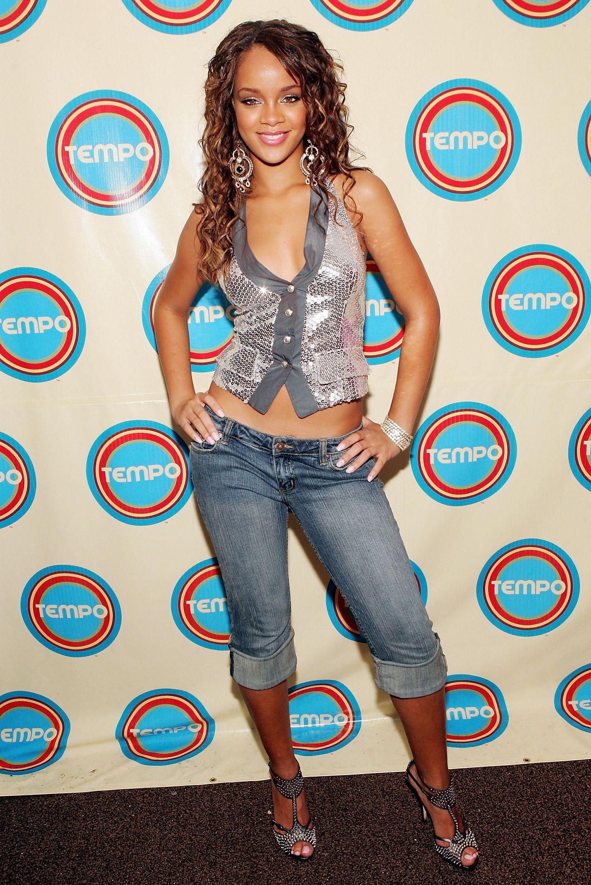 Rihanna wearing denim pedal pushers in 2005.