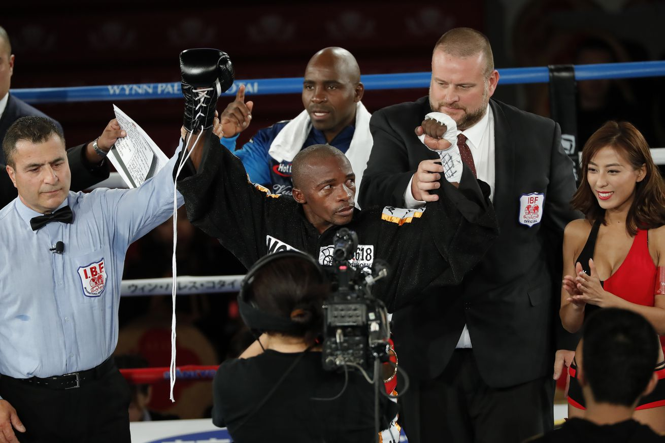 1088412794.jpg.0 - Mthalane turns down unification fight with Edwards — for now