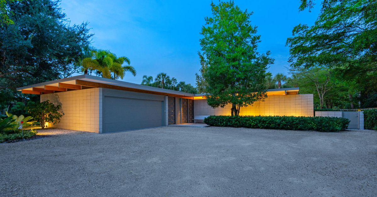 Perfectly restored midcentury gem near the beach asks $1.7M