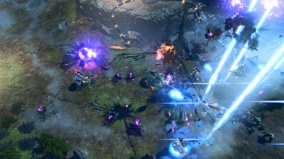 Can Halo Wars 2 work on Xbox and PC at the same time? - The