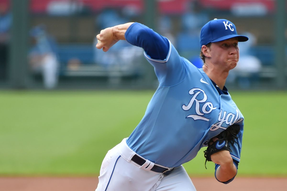 Starting pitcher Brady Singer #51 of the Kansas City Royals throws in the first inning against the Minnesota Twins at Kauffman Stadium on August 9, 2020 in Kansas City, Missouri.