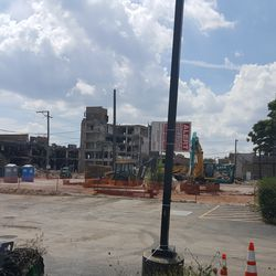 Former site of 7-Eleven on Addison -