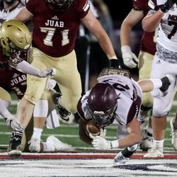 Morgan and Juab compete in the 3A football championship game at Dixie State University in St. George on Saturday, Nov. 14, 2020.