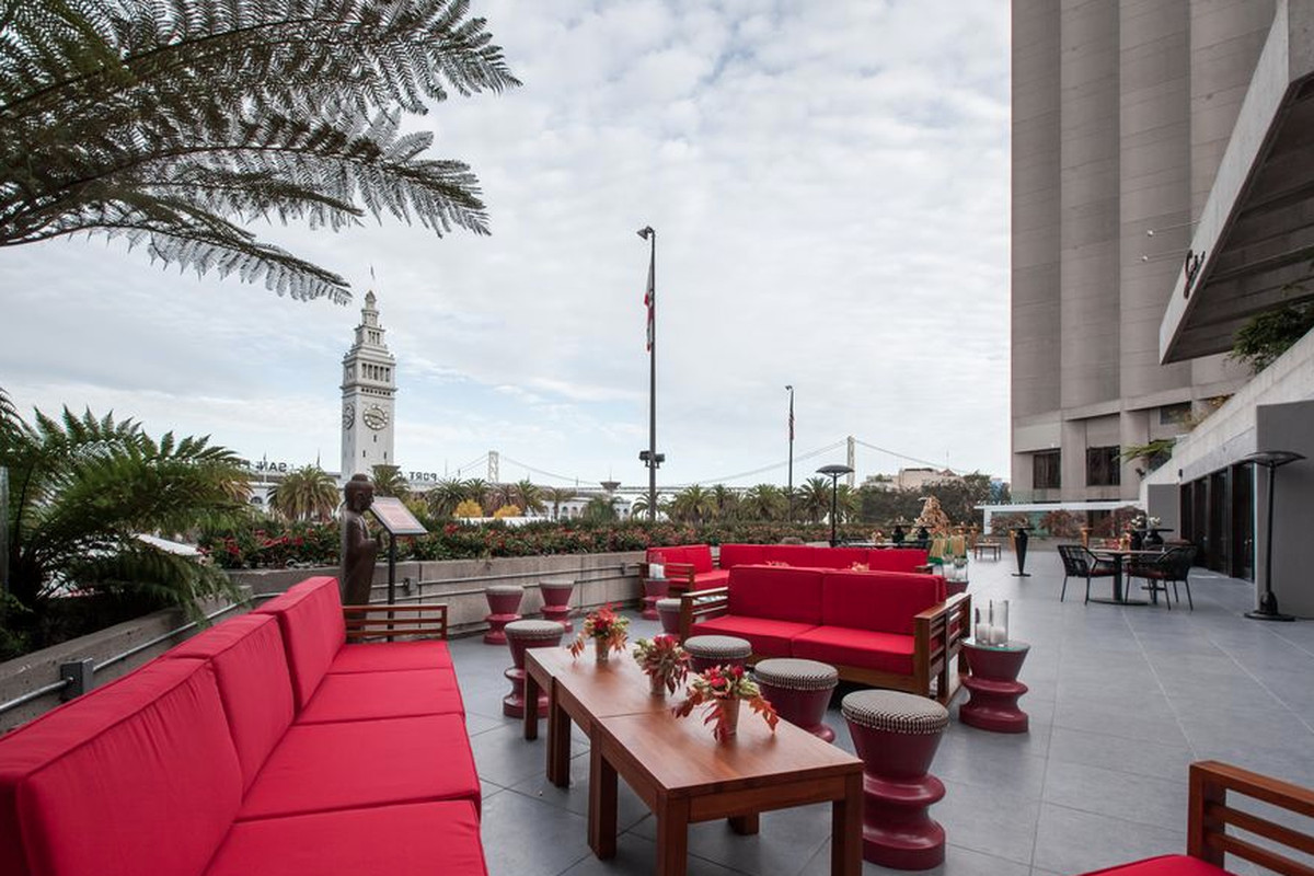 Harborview Restaurant and Bar to Fill Massive Embarcadero Space From