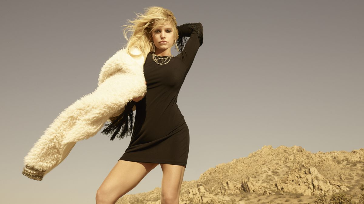 Next time you're on vacation, you may be able to visit Jessica Simpson at the mall. Confidenti@l is told that the pop-star-turned-fashion-tycoon will open Jessica Simpson stores around the world.