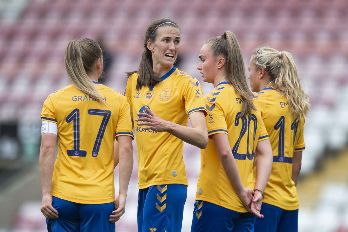 Manchester United Women v Everton Women - Barclays FA Women's Super League