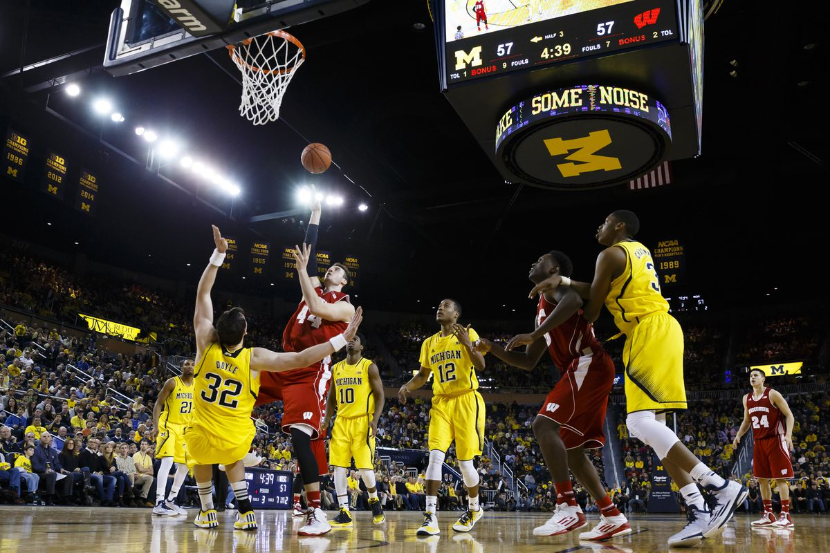 Wisconsin vs. Michigan: Badgers survive Wolverines in overtime win - Bucky's 5th Quarter