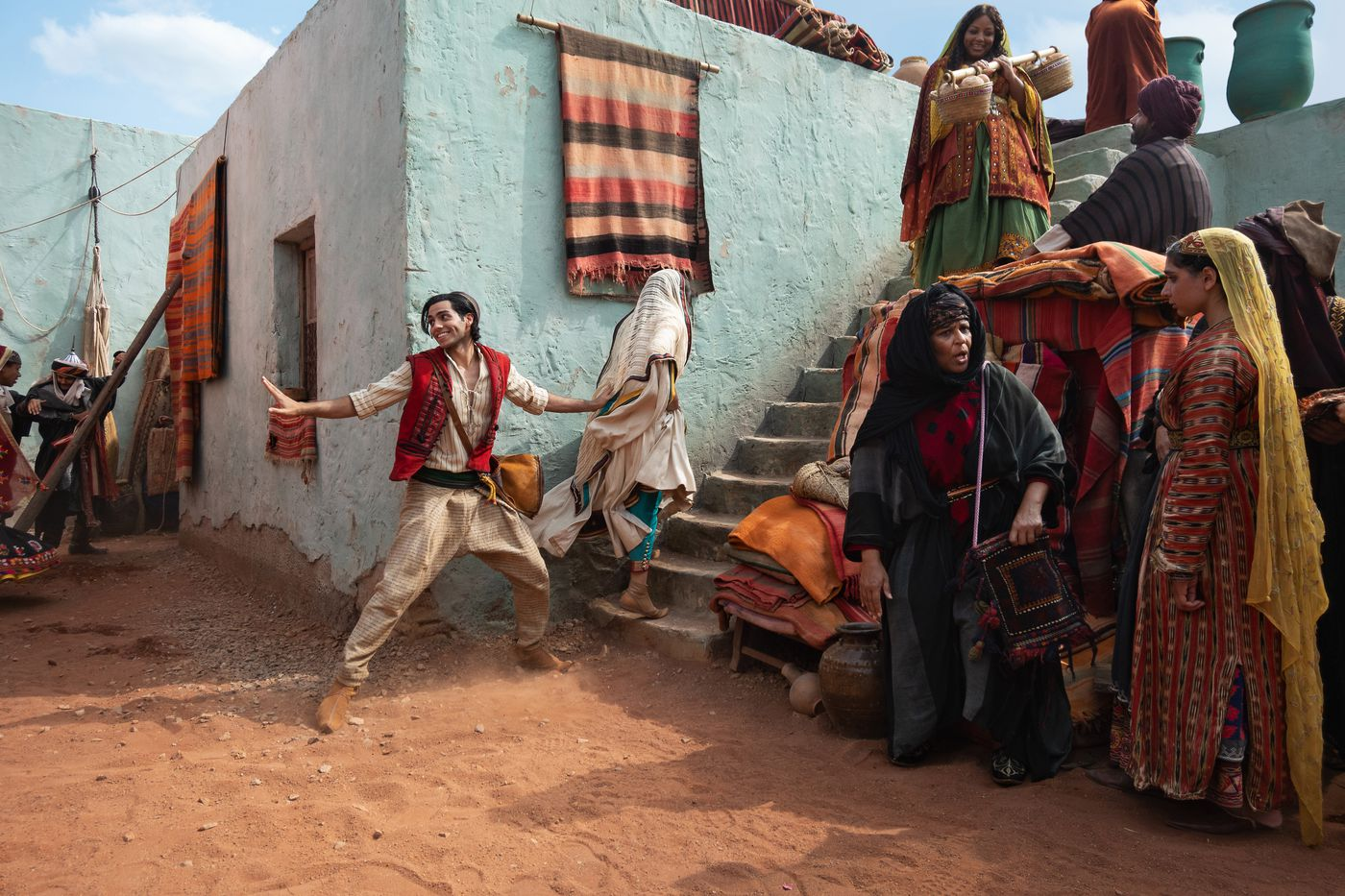 Disney S Aladdin Remake Feels Weirdly Unfinished The Verge