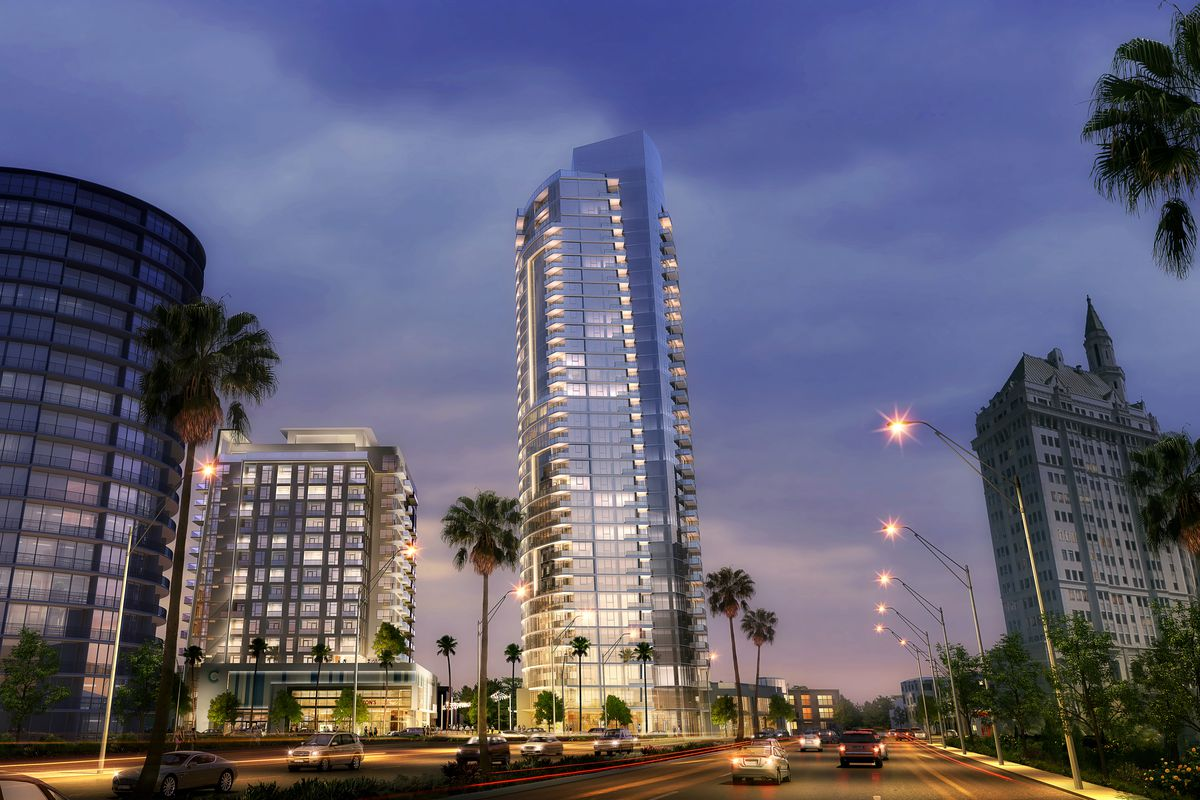 Shoreline Gateway Construction On Long Beach S Tallest