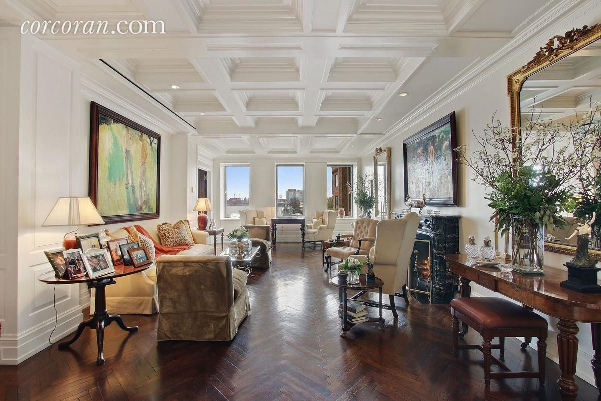 Luxe Greta Garbo Adjacent Midtown East Pad Seeks 6 25m