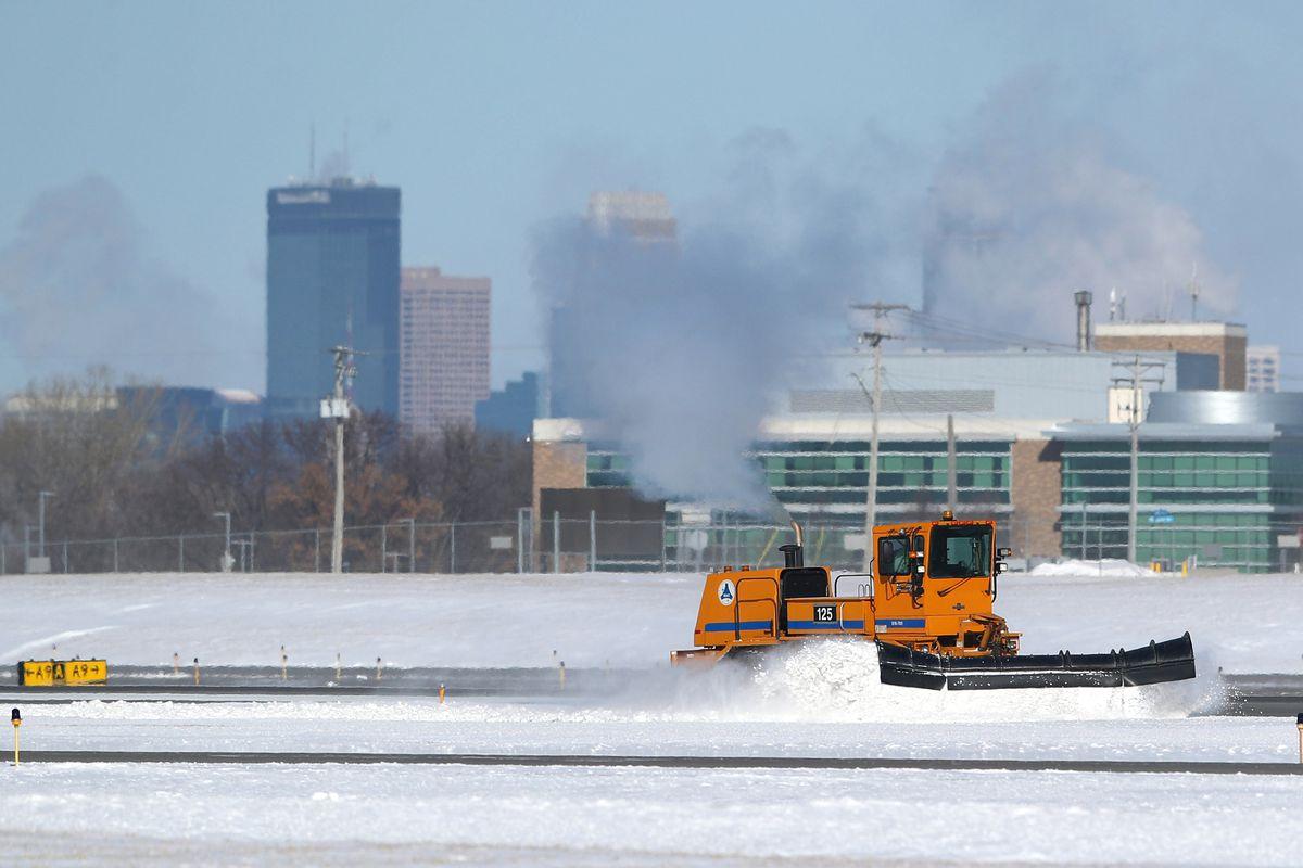 Large Blast Of Arctic Air Drops Temperatures In Range Of 30 Degrees Below Zero In Minnesota