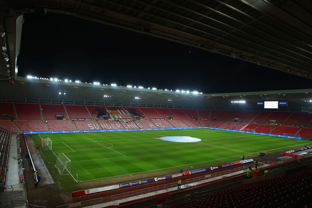 Police arrest 19 fans in Sunderland v Celtic clashes