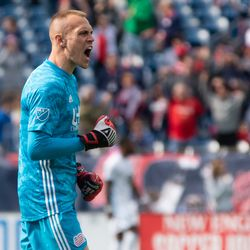 FOXBOROUGH, MA - MARCH 30: New England Revolution gaolkeeper Cody Cropper #1 celebrates as the New England Revolution take the lead against Minnesota United FC at Gillette Stadium on March 30, 2019 in Foxborough, Massachusetts. (Photo by J. Alexander Dolan - The Bent Musket)
