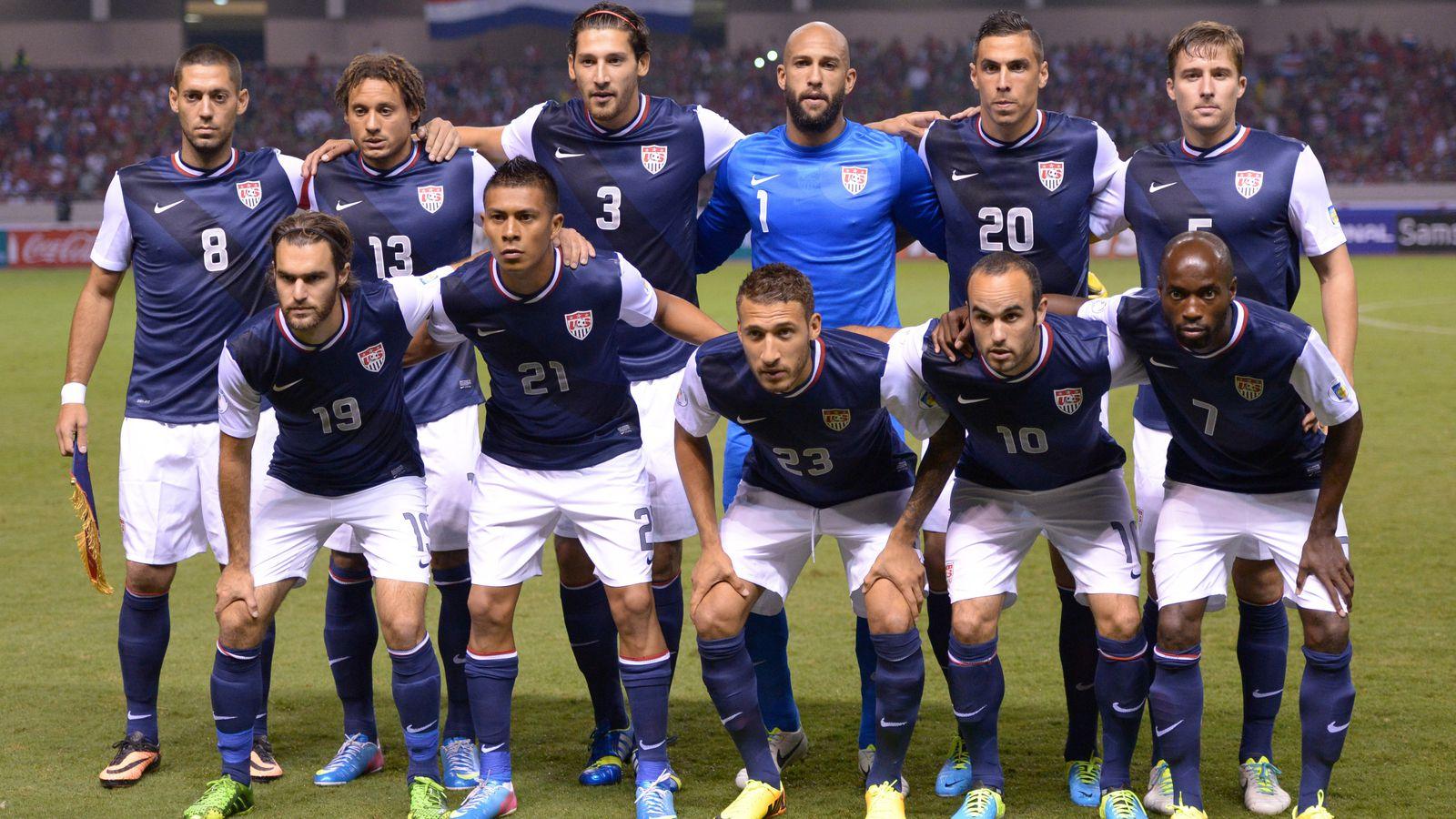 qu mens soccer team - HD1200×1200