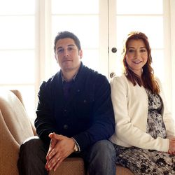 """In this March 18, 2012 photo, actors Jason Biggs, left, and Alyson Hannigan pose for a portrait during a media day for the upcoming feature film """"American Reunion"""" in Los Angeles.  The film opens nationwide on Friday, April 6."""