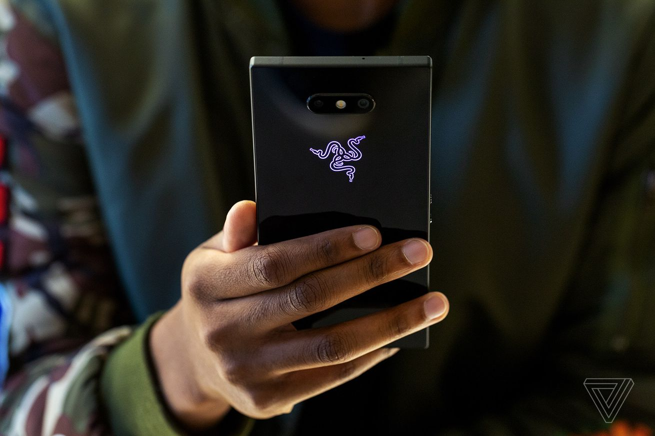 at t will sell the razer phone 2 starting on november 16th