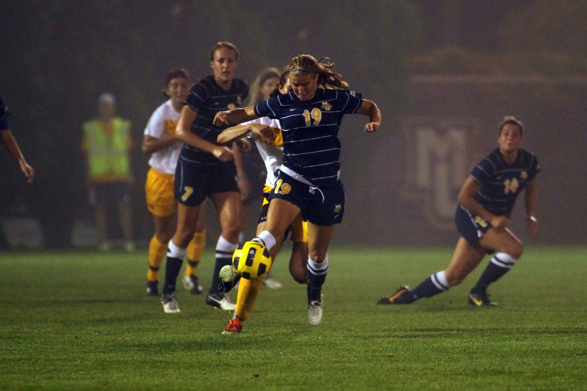 Caroline Fink (#19) could be one of a crop of younger players on the team that propels MU back to the NCAA tournament