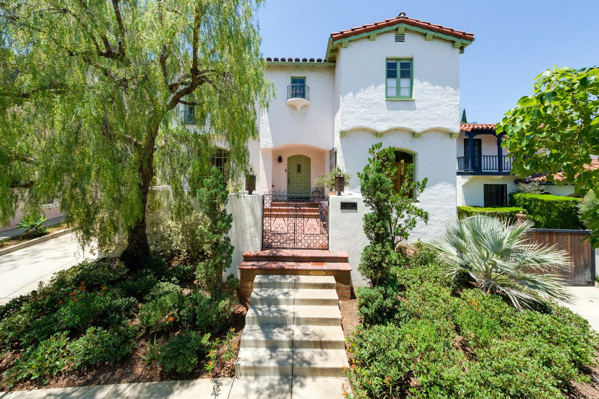 Los feliz spanish style with sweet guest house seeks 2 1m for Spanish style homes for sale