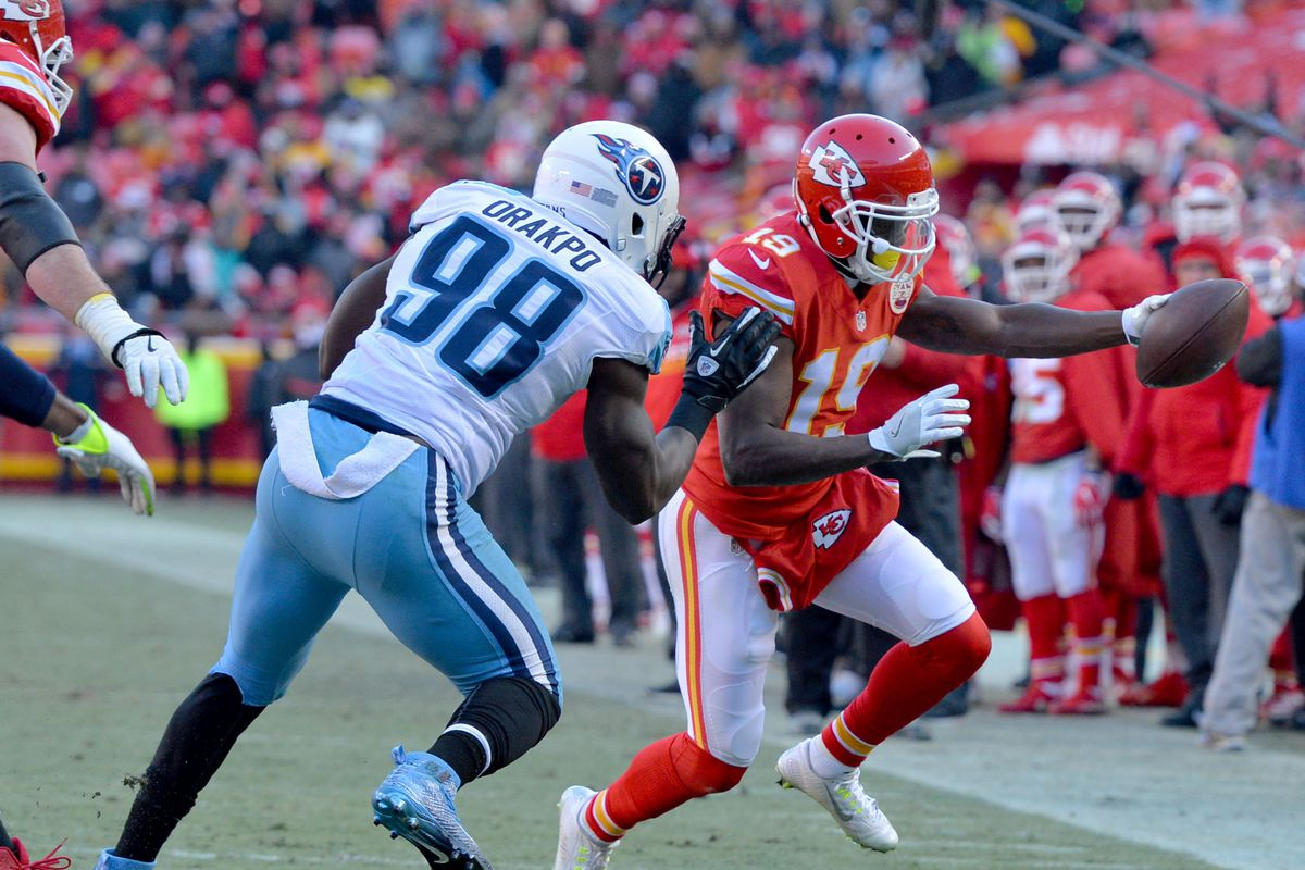 John Dorsey informed Jeremy Maclin of release through voicemail