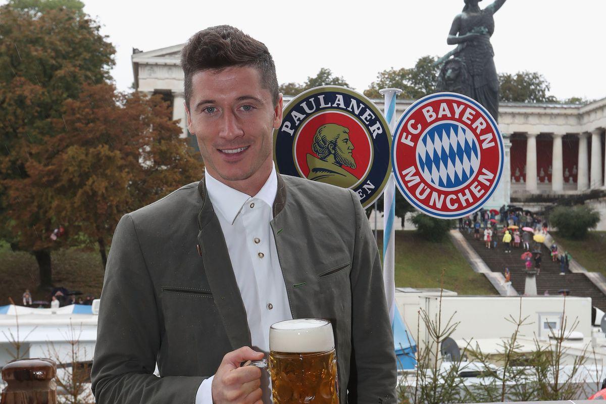 FC Bayern Muenchen Attends Oktoberfest 2016
