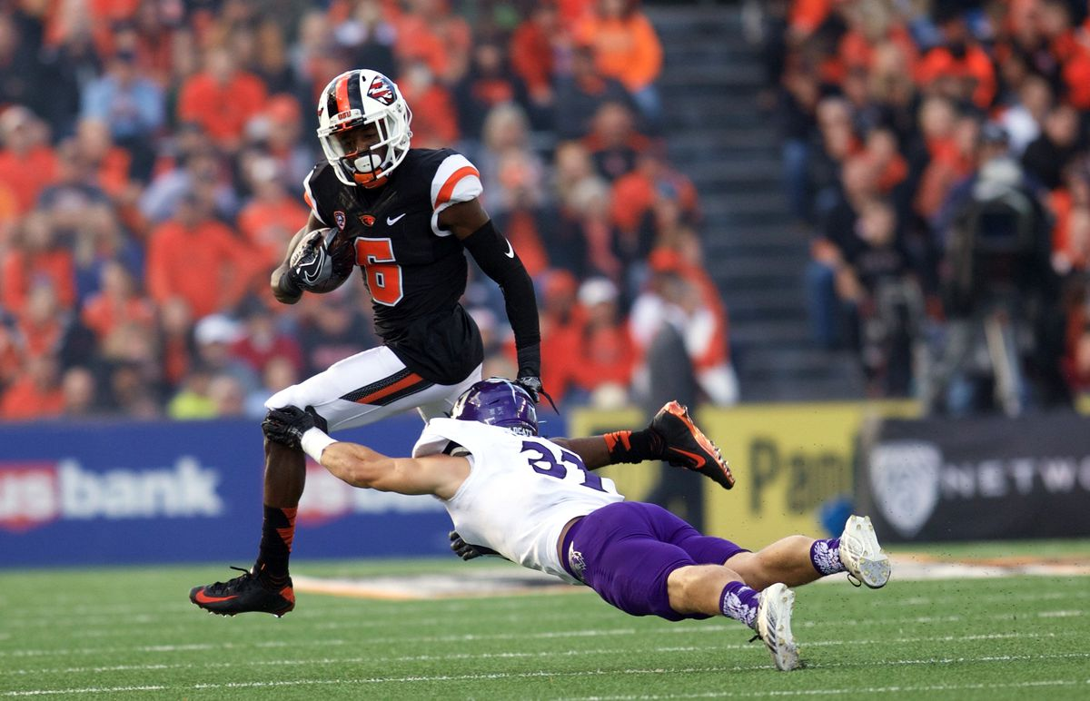 NCAA Football: Weber State at Oregon State