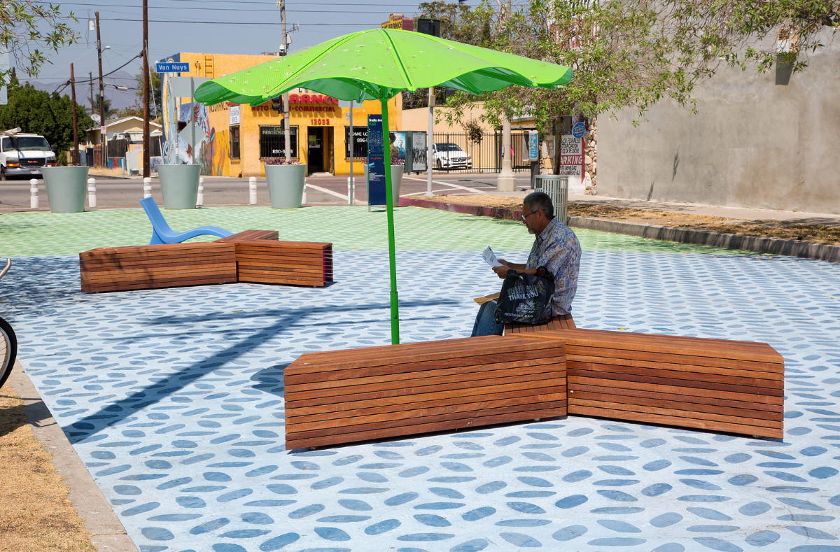 A People St street plaza in Pacoima uses temporary furnishings.