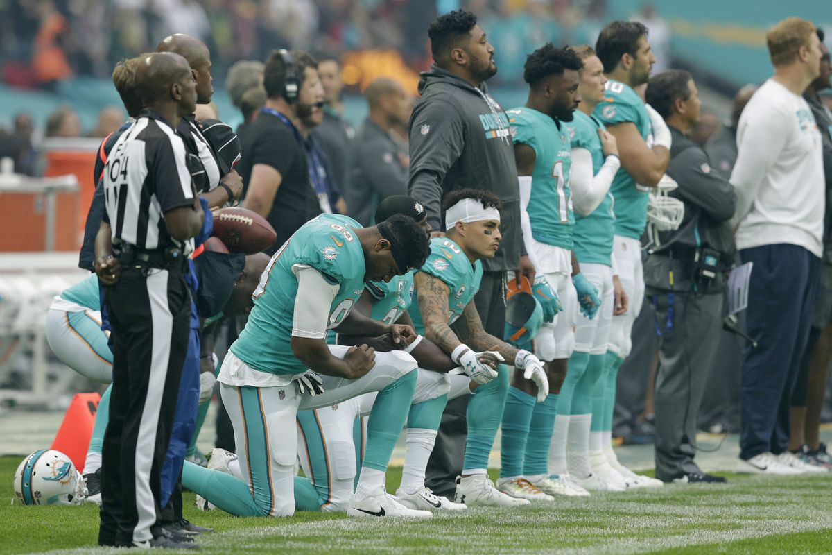 NFL pauses anthem protest rule after Miami Dolphins' policy