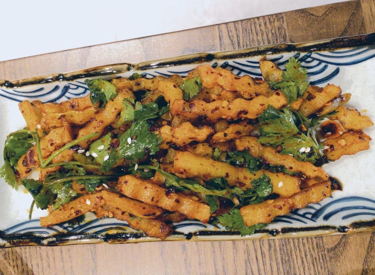 The best dishes Eater London writers ate this week include these crinkle cut chips with chilli at Noodle & Beer