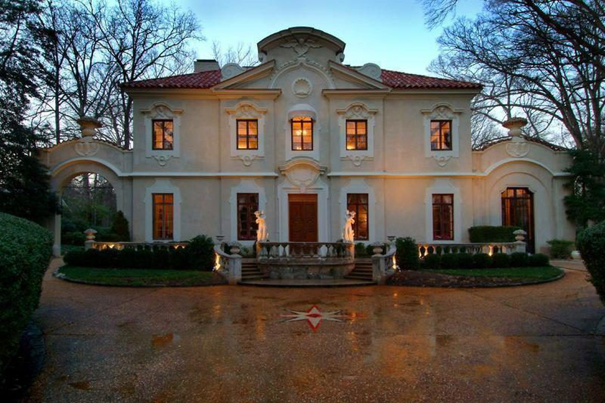 Plans Buckhead S Famed Pink Palace Lot To Be Subdivided Home Partially Demolished