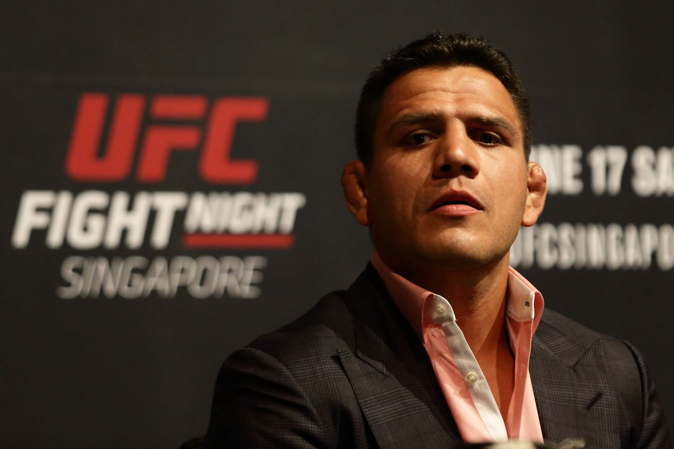 community news, UFC Singapore preview: Rafael dos Anjos looking for fresh start at 170 pounds