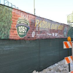 Additional tarps installed along the top of the Sheffield Avenue fence