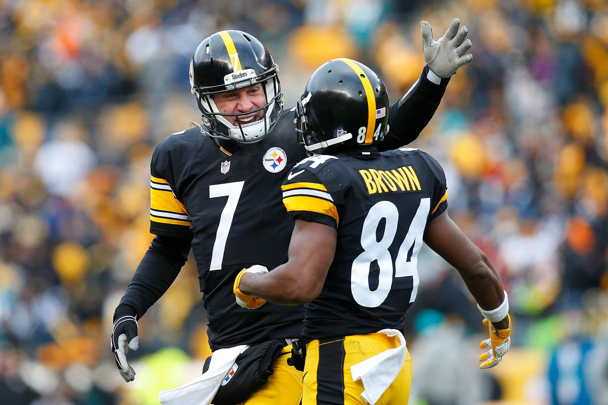 9e9eed0c026 Ben Roethlisberger downplays reports about an argument with Antonio Brown