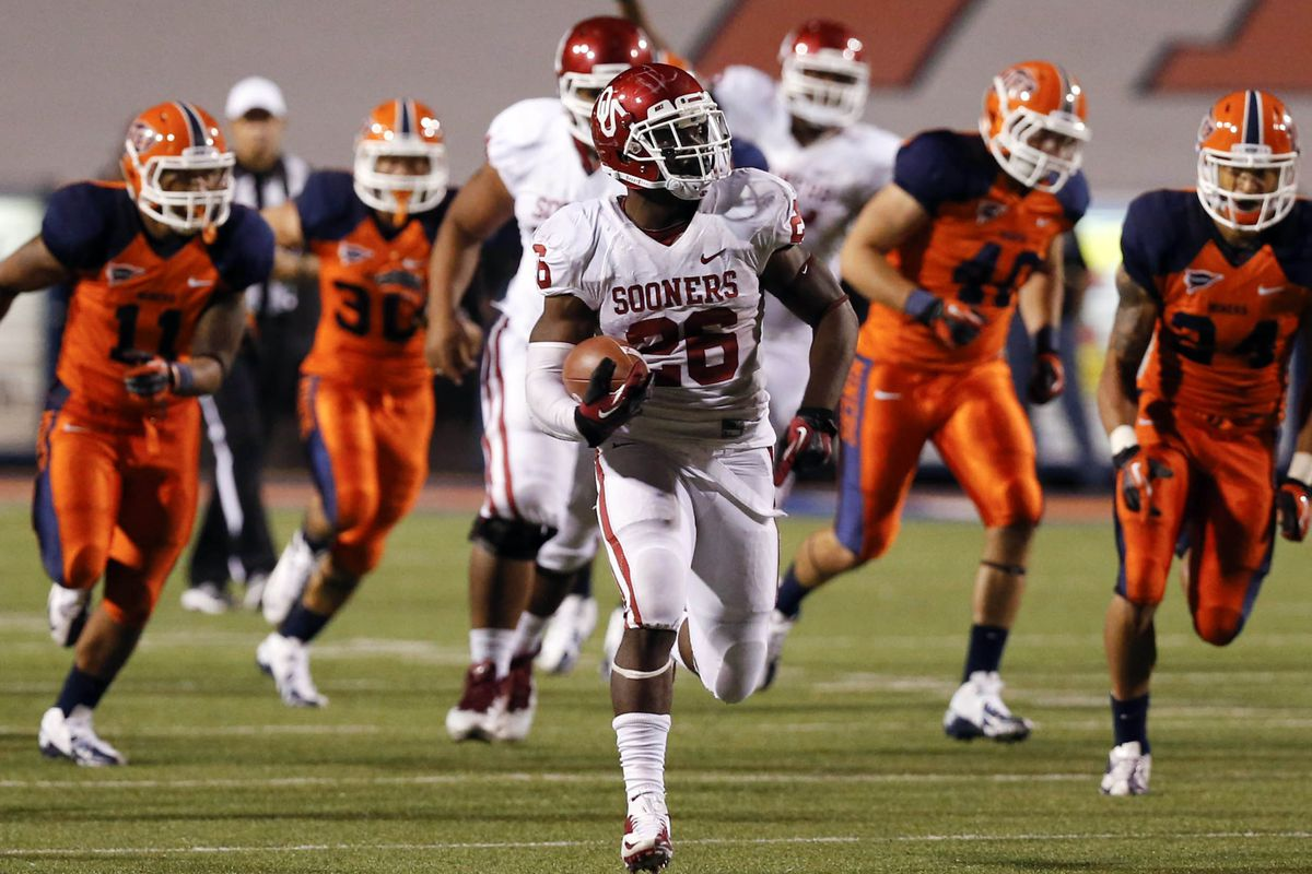 Maintaining an effective rushing attack is one of the things the Sooners must do against FAMU. Credit: Jim Cowsert-US PRESSWIRE
