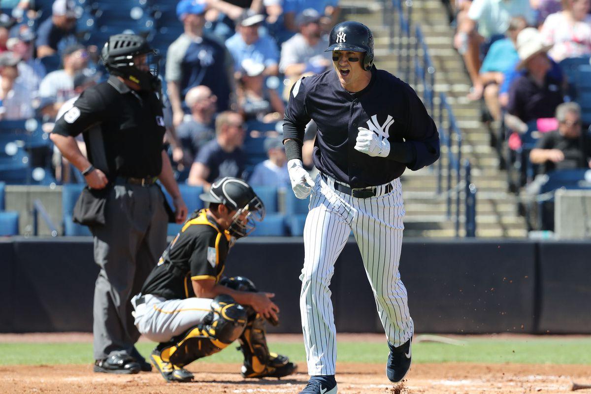 brand new b18df ccb50 Troy Tulowitzki homers again, Yankees beat Pirates 8-6 ...