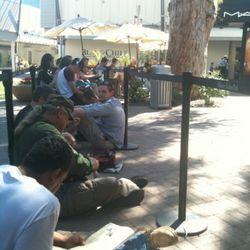 "Biltmore Fashion Park in Phoenix, Arizona, via <a href=""http://twitpic.com/48jpmc"" rel=""nofollow"">@_johnwelch_</a>"
