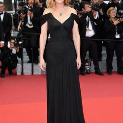 Julia Roberts in an Armani Privé gown and Chopard jewels at the 'Money Monster' premiere.